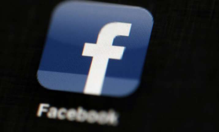 Israeli ministers approve 'Facebook bill' banning