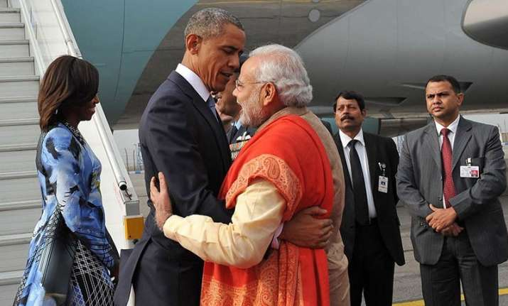 President Obama being welcomed by Modi on his visit to India