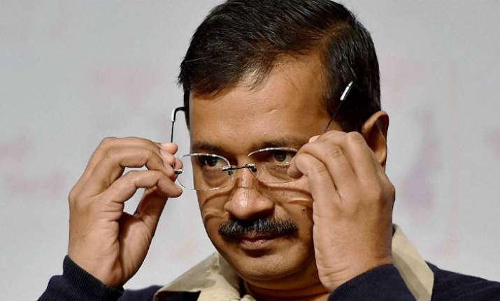 EC sends notice to Arvind Kejriwal over 'bribery' remark