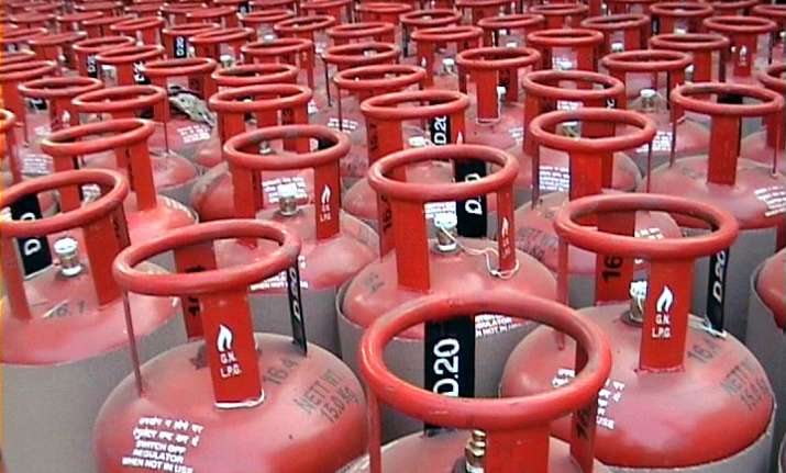 Save Rs 5 on online payment of LPG cylinder