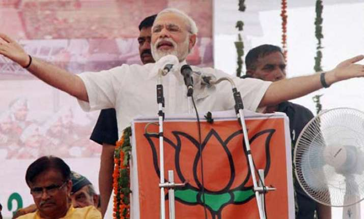 Insurgents impose curfew during PM Modi's rally in