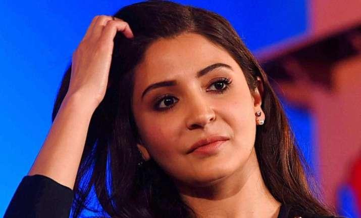 Anushka Sharma praises Shah Rukh Khan & Salman Khan.