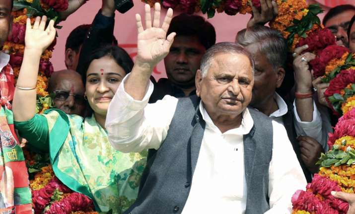 Mulayam's daughter-in-law Aparna Yadav lost in Lucknow