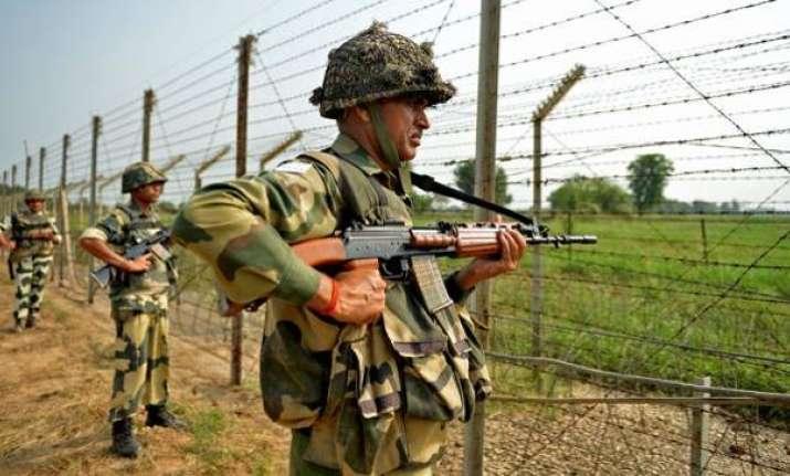 Pakistan Army violated ceasefire on LoC on Sunday