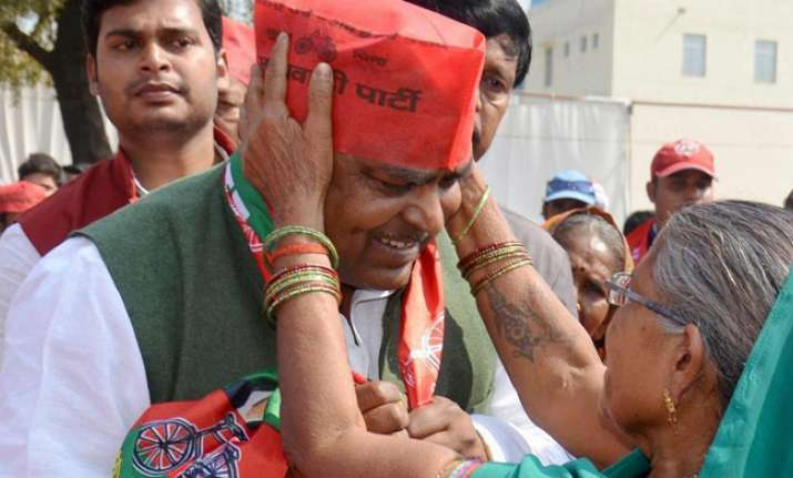 SC to hear Gayatri Prajapati's plea seeking stay on FIR