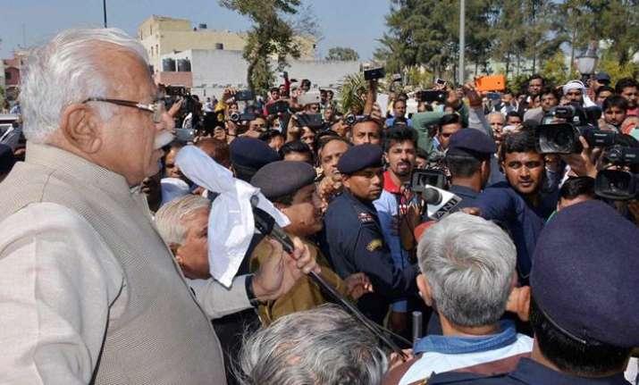 Jat agitation called off after talks with CM Khattar, Delhi