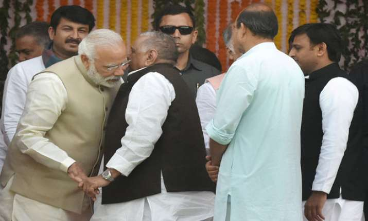 PM Modi all ears to Mulayam