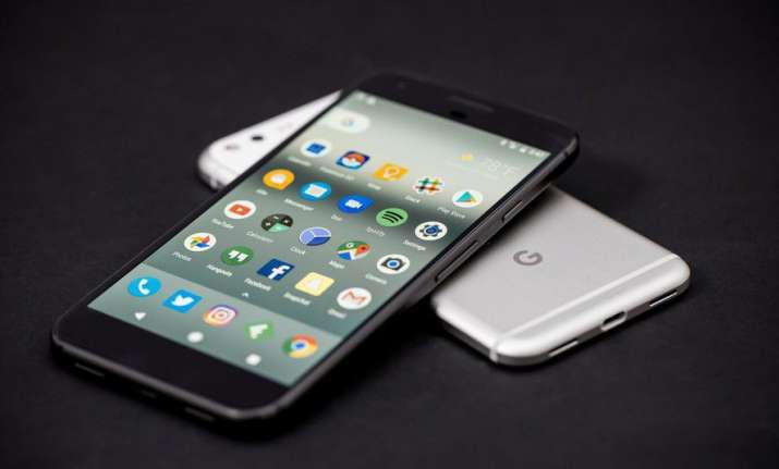 'Pricey' Google Pixel 2 to arrive later this year