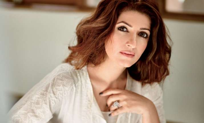 Twinkle khanna to become a new face of a salon hair brand for Interior designs by twinkle khanna