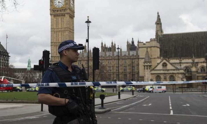 London attacker had no links ISIS or Al Qaeda: Police
