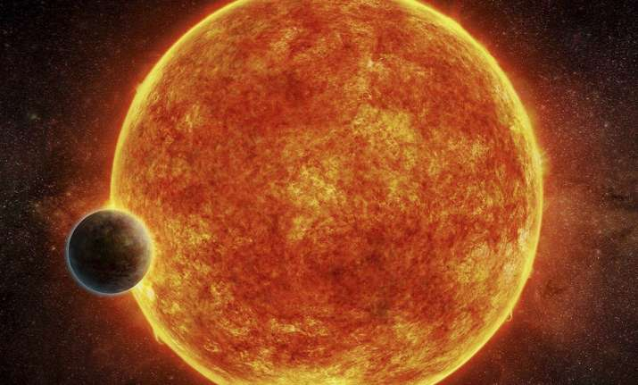 Super-Earth: Scientists discover planet that could contain