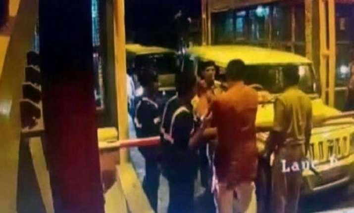 UP BJP MLA creates ruckus on toll plaza, slaps staffer