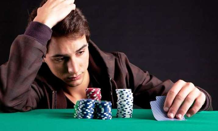 Gambling addicts may fail to take risks in real life, says