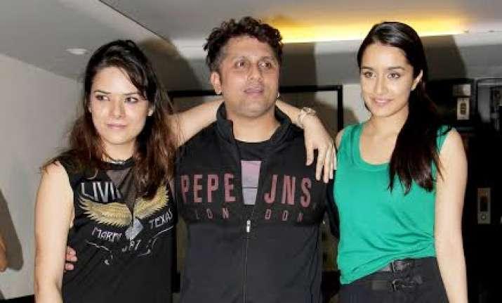 Mohit Suri enjoys with Half Girlfriend and Ek Villan cast