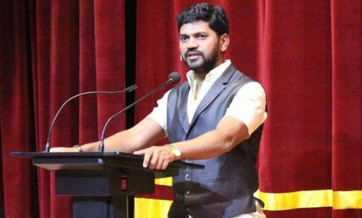 Marathi film producer Atul B Tapkir ends life, posts
