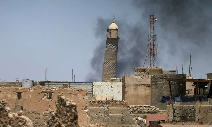 ISIS blows up historic mosque in Mosul where Baghdadi