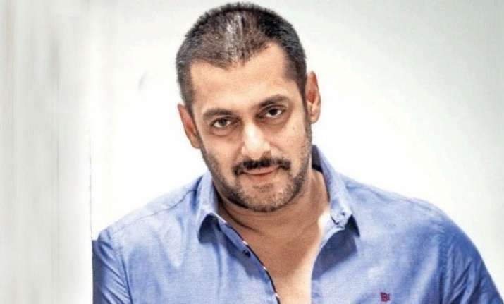 Salman Khan joins The Clean India Mission