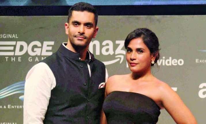 Richa Chadha Angad bedi dating