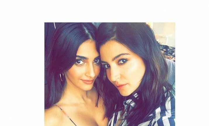 Anushka Sharma and Sonam Kapoor
