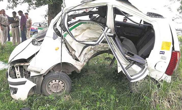 BSES engineer dies in car crash after being chased by
