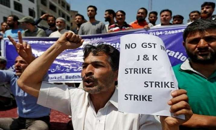 Businesses remain shut in Srinagar against GST