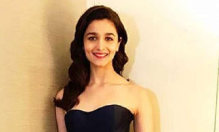 alia bhatt iifa awards 2017