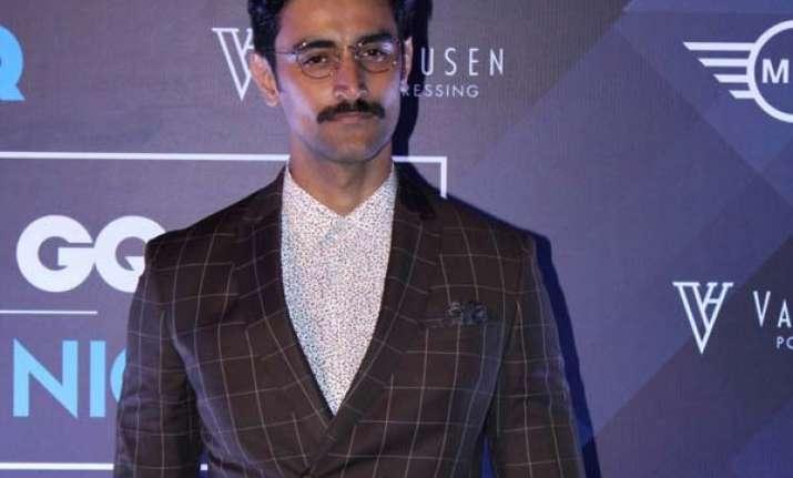 Raagdesh actor Kunal Kapoor says he channelises his
