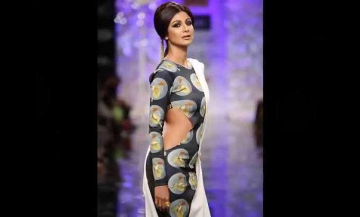 Shilpa Shetty Kundra to walk for Monisha Jaising