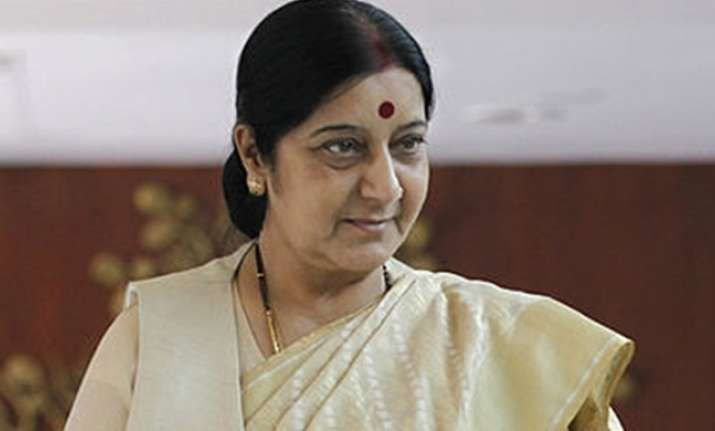 Pak woman cancer patient seeks Sushma Swaraj's help for