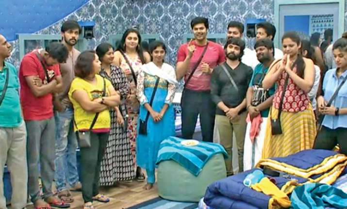 Bigg Boss Tamil Online vote missed call numbers contestant