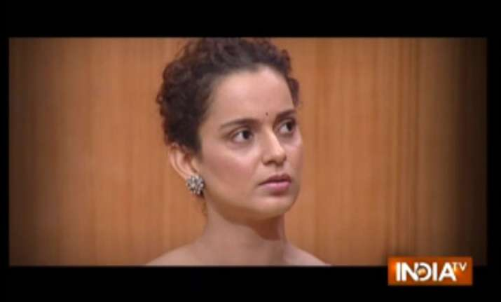 Kangana Ranaut demands an apology from Hrithik Roshan in
