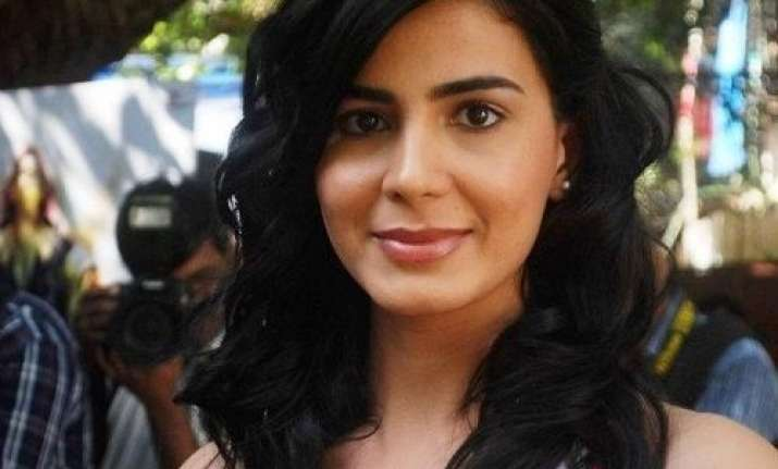 Kirti Kulhari urges kids to stay away from Blue Whale