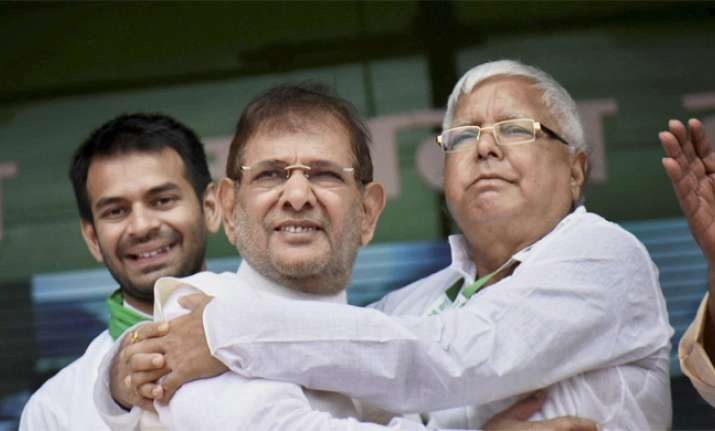 JD(U) to seek Sharad Yadav's disqualification from Rajya