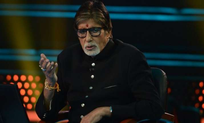 Amitabh Bachchan happy with inclusion of real life heroes