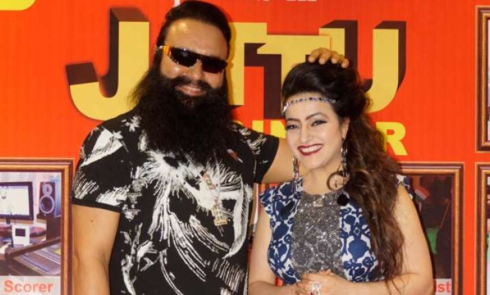 Cops continue hunt for Honeypreet