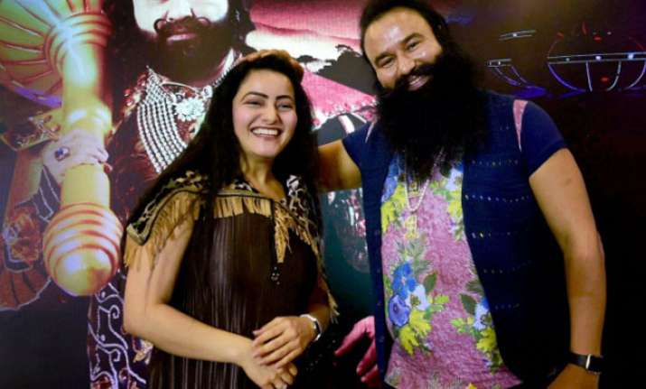Exclusive Video: 'Sadhvi' exposes 'lousy' Ram Rahim