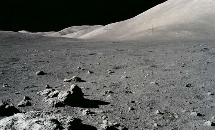 India's Chandrayaan-1 helps scientists map water on Moon
