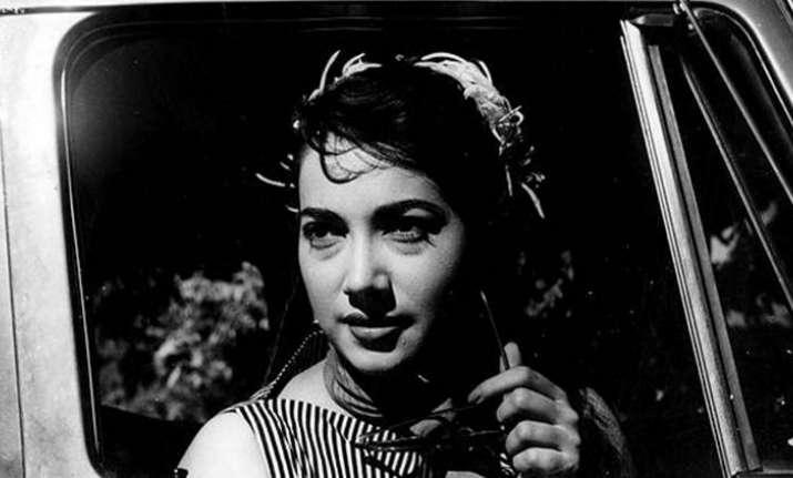 Babuji Dheere Chalna actress Shakila dies