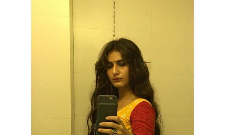 Fatima Sana Shaikh trolled for wearing low waist sari