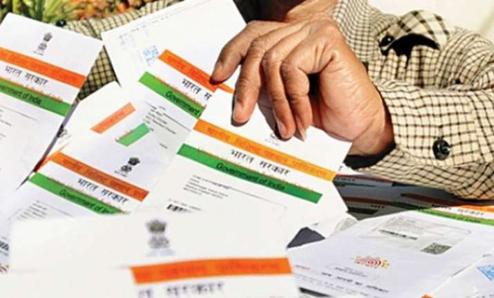 Linking of mobile phone with Aadhaar: Supreme Court to hear