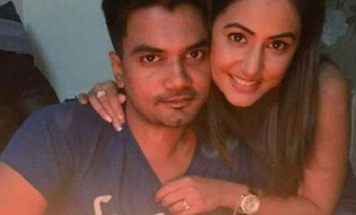 Hina Khan boyfriend Rocky Jaiswal slams Bigg Boss 11
