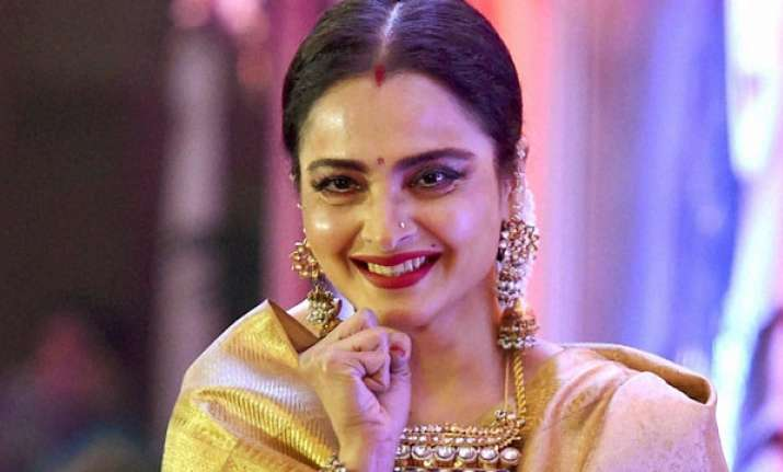 Rekha Birthday Special Unknown Facts And Rare Images See Pics