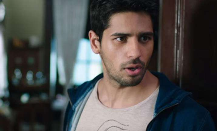 Sidharth Malhotra reveals his relationship status, here's