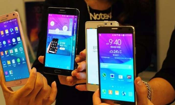 Phablets will far outpace total market growth by climbing