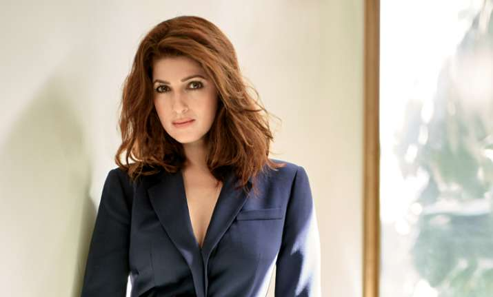 Twinkle Khanna gave some lessons to a troller
