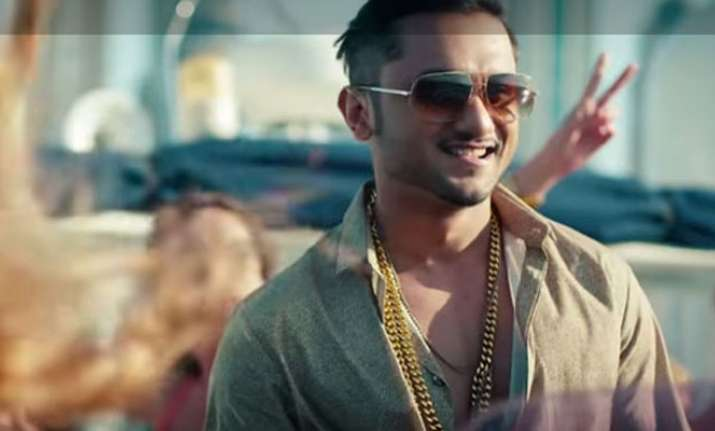 Set your party mood with Yo Yo Honey Singh