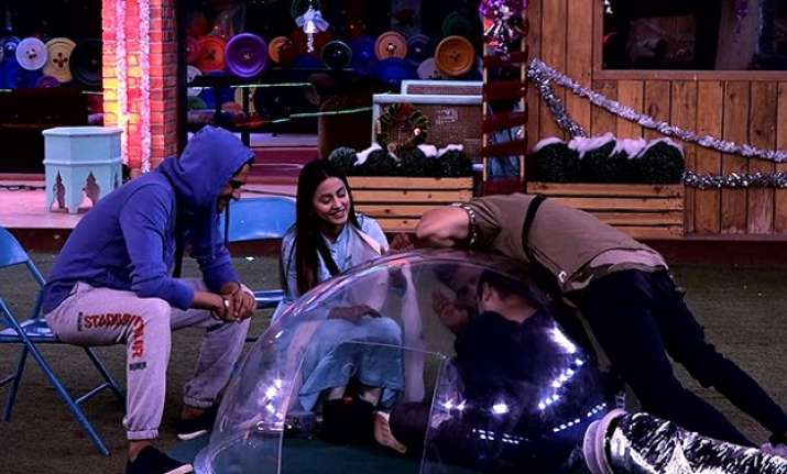 Bigg Boss 11 Episode 85 LIVE updates