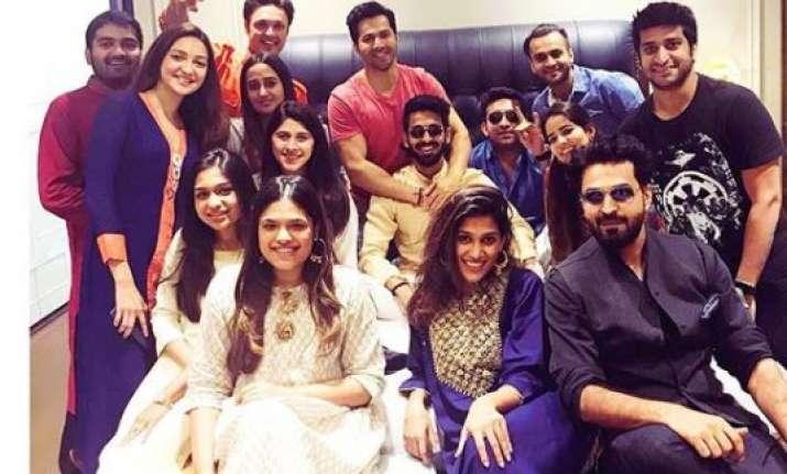 Varun Dhawan with Natasha Dalal and other friends at his