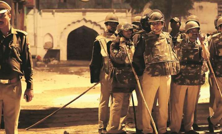 Delhi Police restricts all vehicular movement in CP after