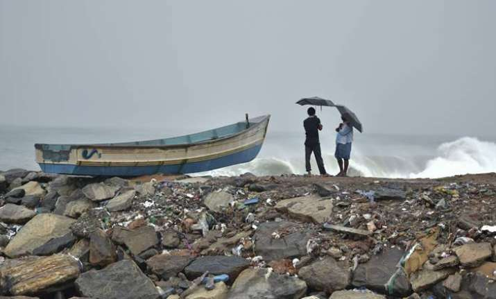 Cyclone Ockhi weakens gradually, may not hit Gujarat coast: